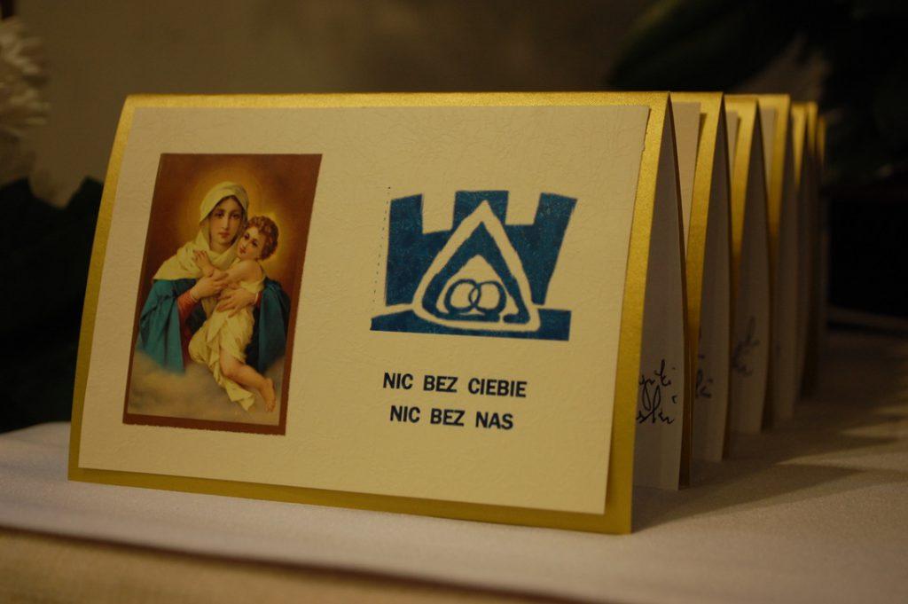 Rodzinne świętowanie przy Sanktuarium Wierności w Świdrze